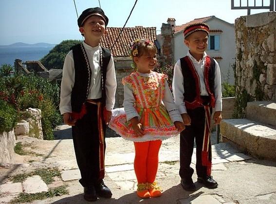 Croatian lad cross dressed