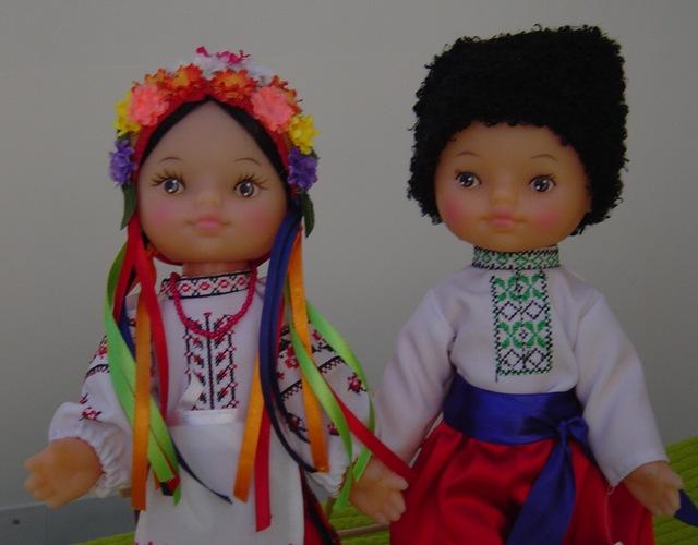 Lutke iz Ukrajine, dar g. Mykole Azarova, veleposlanika u Argentini