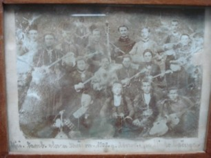 Mixed tamburitza orchestra , 1908, from Kresevo, BiH (photo from the Kresevo Franciscan monastery)
