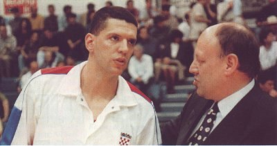 Drazen Petrovic and Mirko Novosel (photo from www.drazenpetrovic.com)