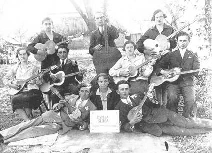 Tamburitza orchestra in Virovitica, 1919 (Zivjela sloga)