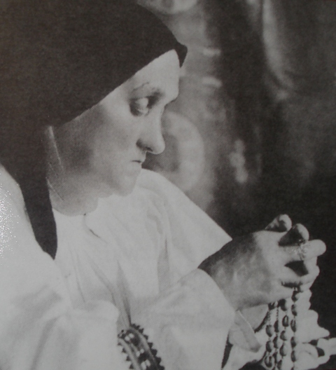 Mother of Alojzije Stepinac in prayer